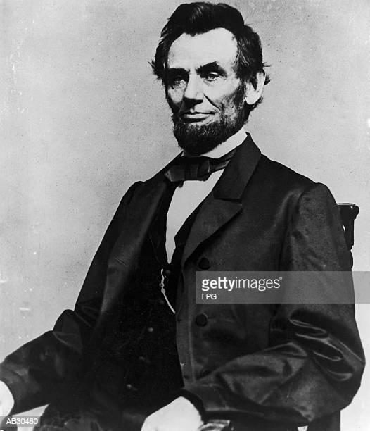Abraham Lincoln, portrait (B&W)