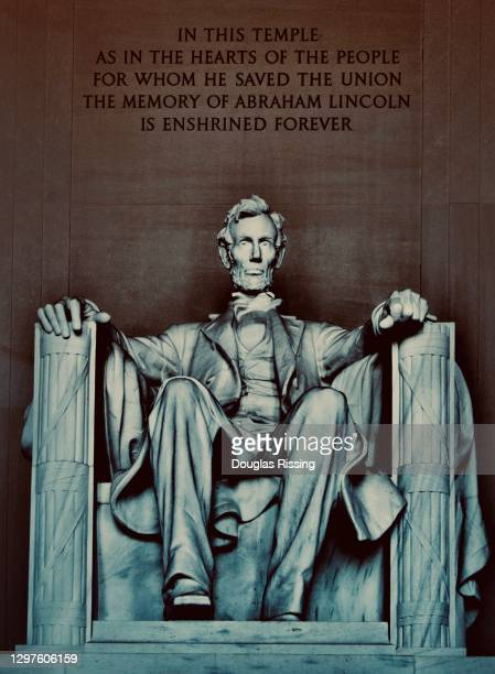 abraham lincoln - washington dc memorial - presidential candidate stock pictures, royalty-free photos & images