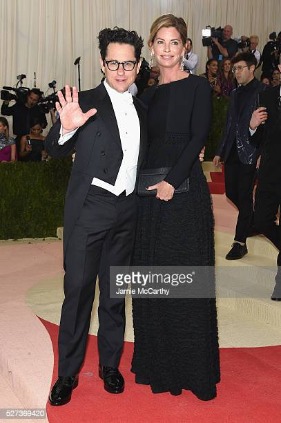 """Abrams and Katie McGrath attend the """"Manus x Machina: Fashion In An Age Of Technology"""" Costume Institute Gala at Metropolitan Museum of Art on May 2,..."""