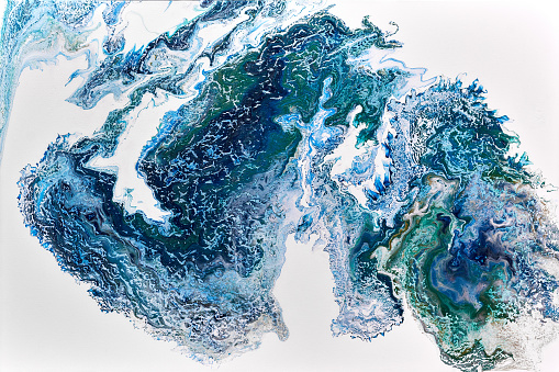 Abstract colourful background texture fluid art acrylic paints. Blue turquoise and green colours over white - gettyimageskorea