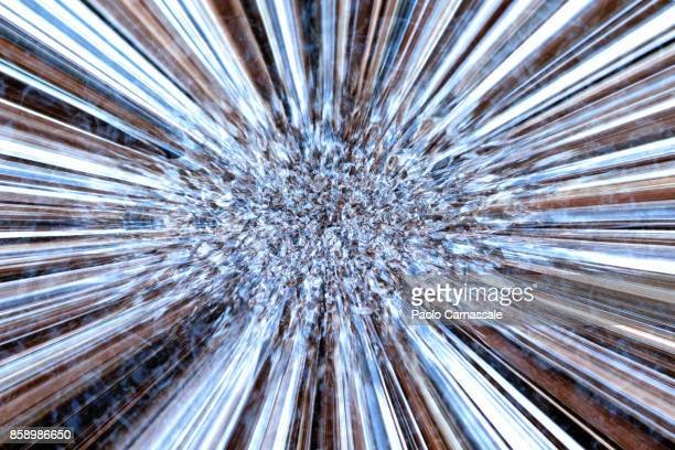 abstract explosion of metal particles - atomic imagery 個照片及圖片檔