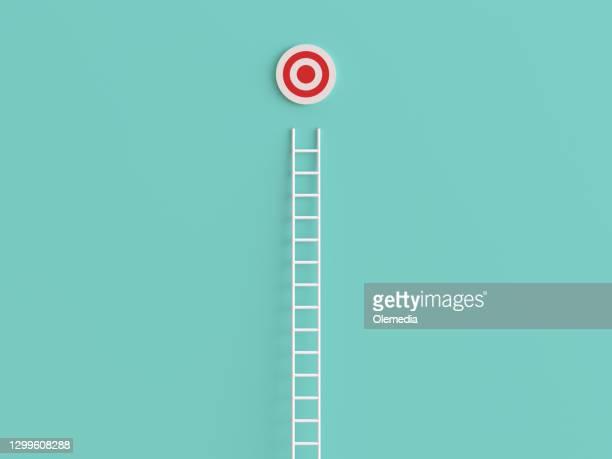 abstracte ladder die tot het doel leidt - vinden stockfoto's en -beelden