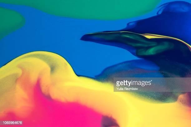 abstract liquid background - geometria fotografías e imágenes de stock