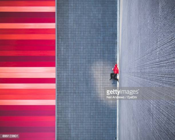 abstract patterns on walls - vaardigheid stockfoto's en -beelden