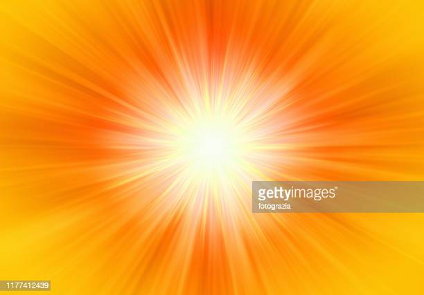 abstract powerful light - zonnestraal stockfoto's en -beelden