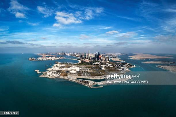 abu dhabi aerial view - abu dhabi stock pictures, royalty-free photos & images