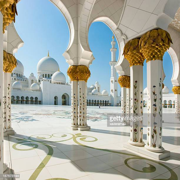 abu dhabi - sheikh zayed mosque stock pictures, royalty-free photos & images