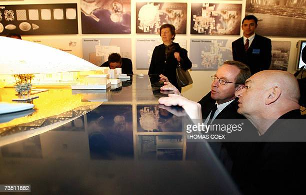 French Culture Minister Renaud Donnedieu de Vabres and French architect Jean Nouvel observe the model of the futur Louvre Abu Dhabi museum after a...