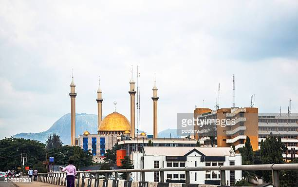 abuja view with national mosque, nigeria. - abuja stock pictures, royalty-free photos & images