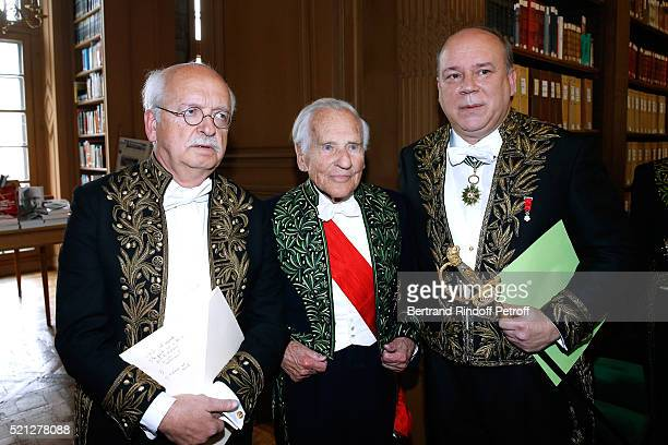 Academicians Erik Orsenna Count Jean d'Ormesson and Marc Lambron attend Marc Lambron becomes a Member of the Academie Francaise Official Ceremony on...