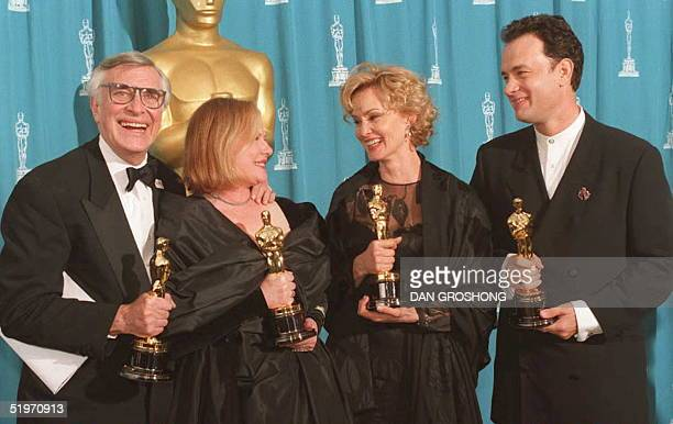Academy Award winners from left Martin Landau best supporting actor Dianne Wiest best supporting actress Jessica Lange best actress and Tom Hanks...