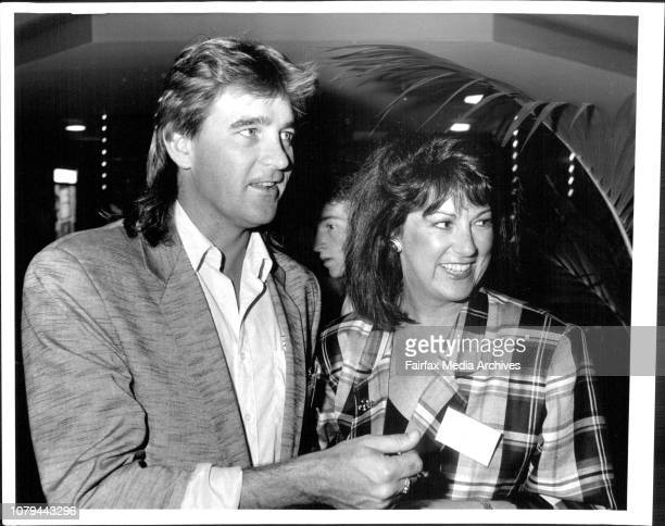Academy Wards Luncheon Greater Union Centre1/Bob Walker and Vicki Jones March 31 1987
