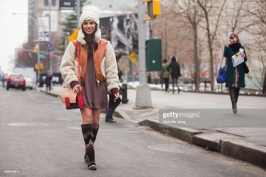 Street Style - Day 2 - New York Fashion Week Fall 2015 : Fotografía de noticias