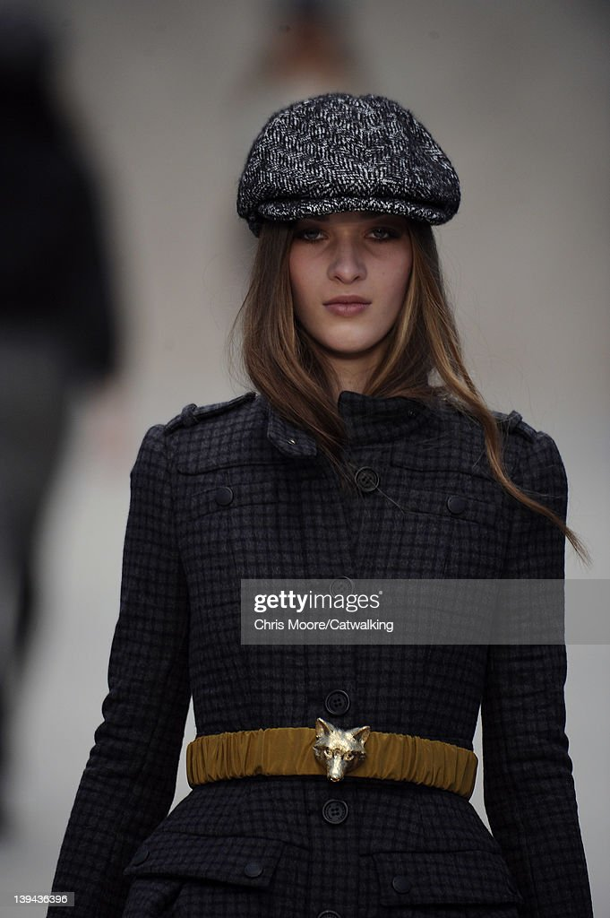 fdf3f1e3068 Accessories hat detail on the runway at the Burberry Prorsum Autumn ...