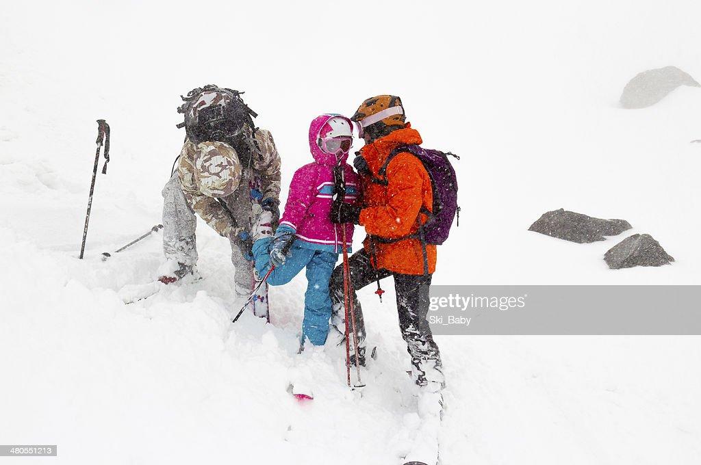 Accidente en el complejo turístico de esquí : Foto de stock