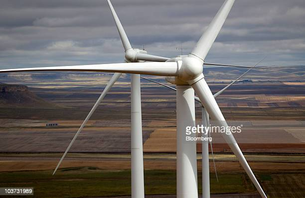 Acciona wind turbines operate at the NaturEner USA LLC Glacier wind energy farm in Ethridge Montana US on Monday Aug 30 2010 Acciona SA the world's...