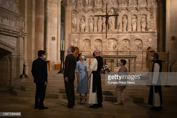Accompanied by the Minister of Health Salvador Illa Kings Philip VI and Letizia attend to the explanations of Abbot Octavi Vilà during his visit to...