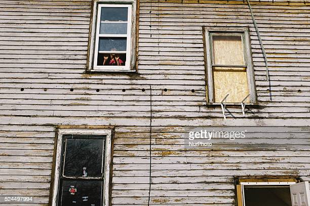 According to the 2015 Census Flint Michigan has a population of around 100000 people with 401 percent living below the poverty line residents of...