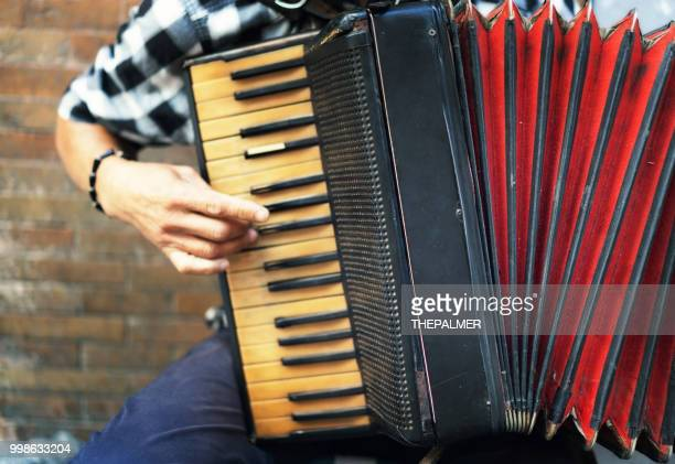 Accordion street player