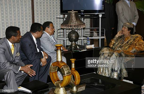 Libyan leader Moamer Kadhafi receives exmayor of Atlanta Andrew Young with a delegation of activists 03 July 2007 in Accra 2007 on the final day of...
