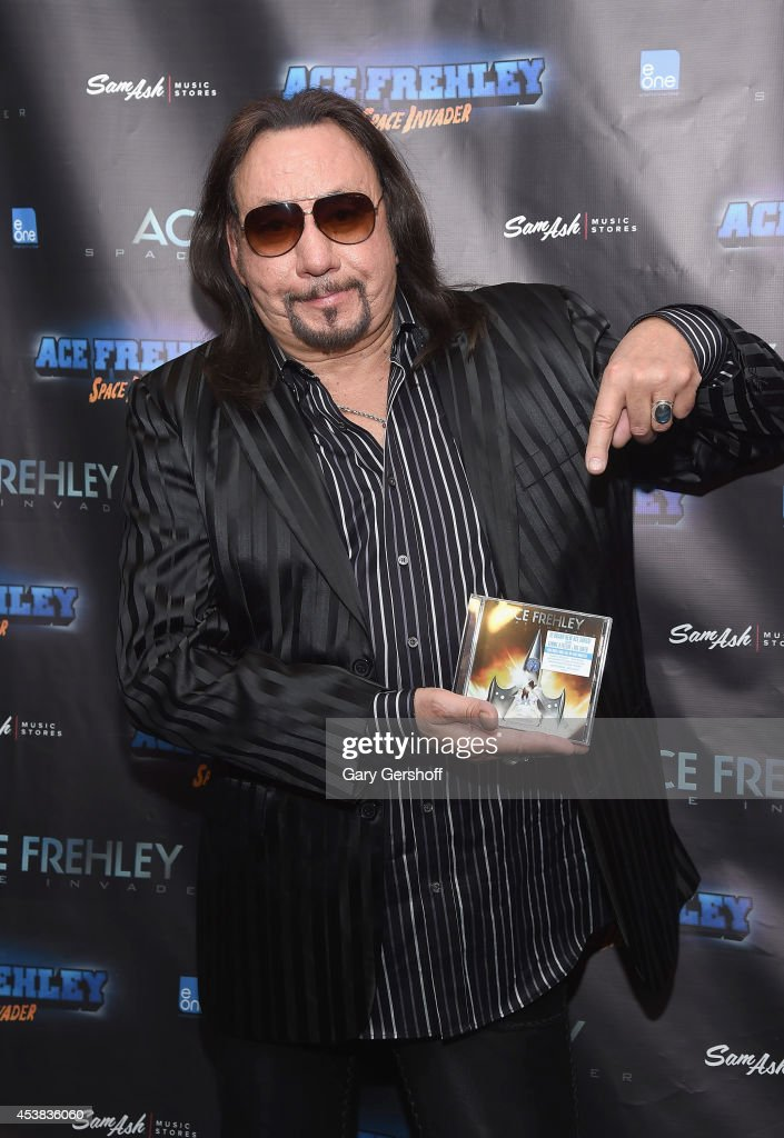 "Ace Frehley Signs Copies Of ""Space Invader"""