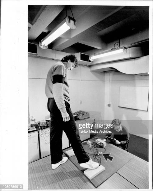 Ace Test Bowler Geoff Lawson undergoing reflex and response tests at Sunday UniversityJuly 15 1986