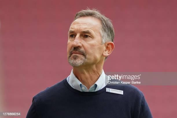 Achim Beierlorzer, Head coach of 1.FSV Mainz 05 looks on prior to the Bundesliga match between 1. FSV Mainz 05 and VfB Stuttgart at Opel Arena on...