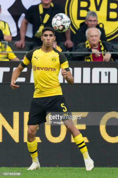 Achraf Hakimi of Borussia Dortmund controls the ball during the Bundesliga match between Borussia Dortmund and FC Augsburg at Signal Iduna Park on...