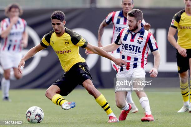 Achraf Hakimi of Borussia Dortmund Daniel Crowley of Willem II during the Club Friendly match between Borussia Dortmund v Willem II at the Ciudad...