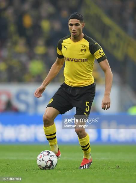 Achraf Hakimi of Dortmund controls the ball during the Bundesliga match between 1 FSV Mainz 05 and Borussia Dortmund at Opel Arena on November 24...