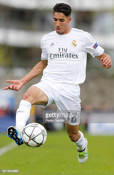 Achraf Hakimi of Real Madrid controls the ball during the UEFA Youth League semi final match between Real Madrid CF and Paris Saint Germain at...
