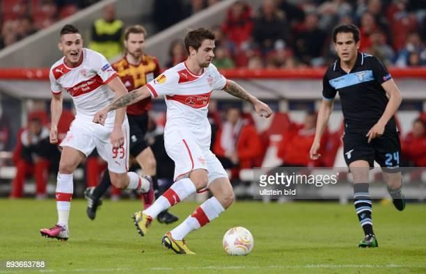 AchtelfinalHinspiel Saison 2012/2013 FUSSBALL INTERNATIONAL UEFA Achtelfinale Hinspiel VfB Stuttgart Lazio Rom Martin Harnik am Ball gegen Cristian...