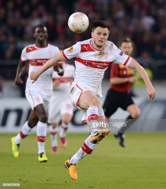 AchtelfinalHinspiel Saison 2012/2013 FUSSBALL INTERNATIONAL UEFA Achtelfinale Hinspiel VfB Stuttgart Lazio Rom William Kvist am Ball