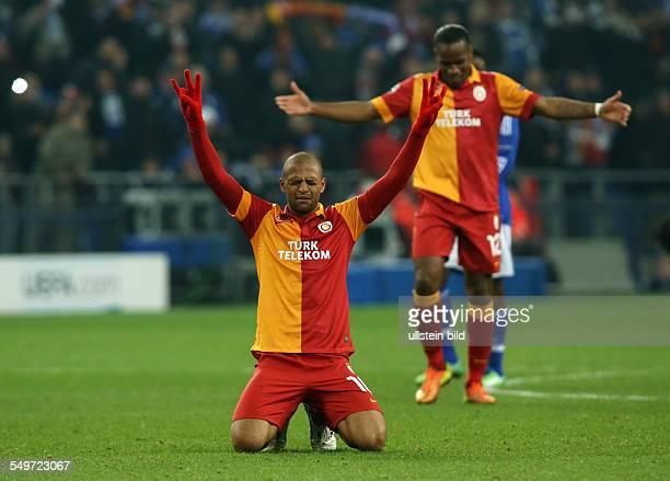 AchtelfinalRückspiel Saison 2012/2013 Felipe Melo Einzelbild Aktion Gestik am Boden knieend Galatasaray Istanbul Sport Fußball Fussball VeltinsArena...