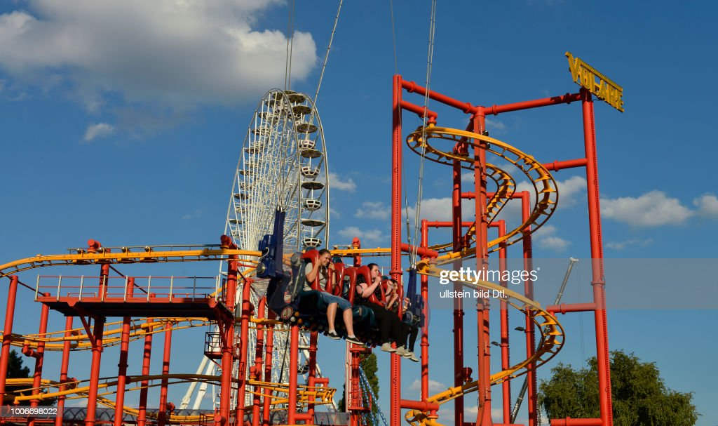 Achterbahn Riesenrad Prater Wien Oesterreich News Photo Getty