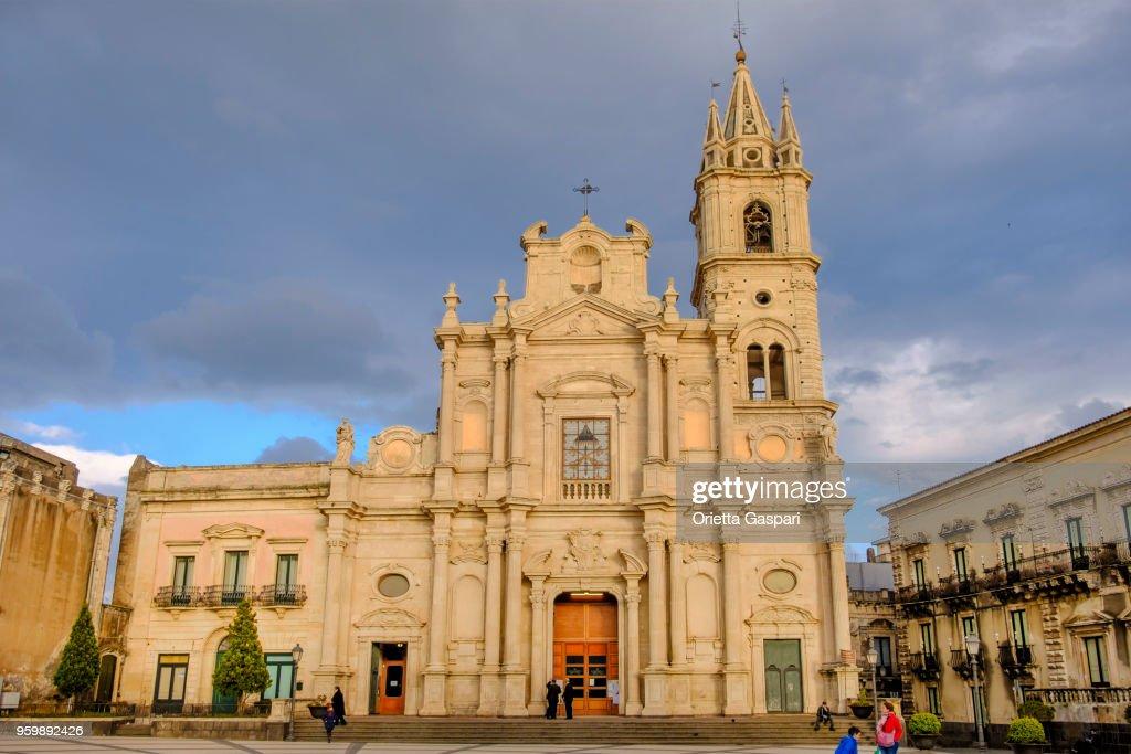 Acireale, Basilika des Heiligen Petrus und Paulus - Sizilien, Italien : Stock-Foto