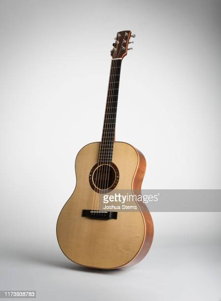 acoustic guitar - acoustic guitar stock pictures, royalty-free photos & images