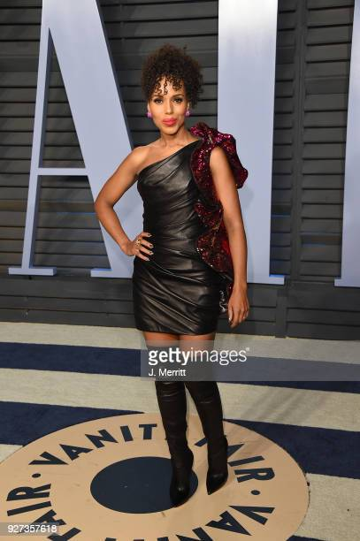 Acterss Kerry Washington attends the 2018 Vanity Fair Oscar Party hosted by Radhika Jones at the Wallis Annenberg Center for the Performing Arts on...
