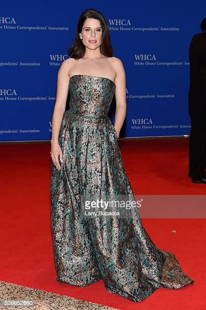 Actess Neve Campbell attends the 102nd White House Correspondents' Association Dinner on April 30 2016 in Washington DC