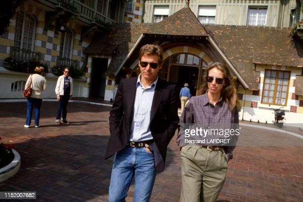 Acteur américain Harrison Ford et sa compagne Melissa lors du Festival de Deauville le 11 septembre 1982, France.