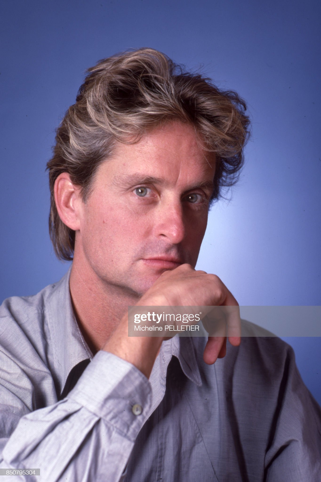 ¿Cuánto mide Michael Douglas? - Altura - Real height Acteur-amricain-michael-douglas-paris-en-septembre-1985-france-picture-id850795304?s=2048x2048