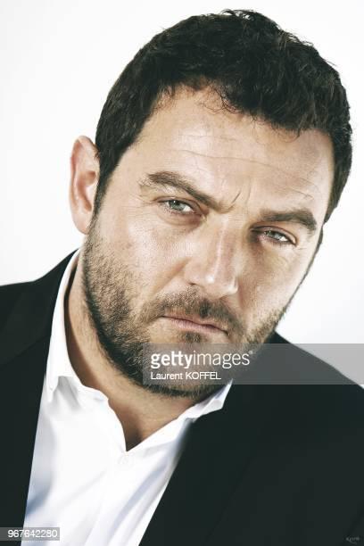L'acteur francais Denis Menochet pose pour une seance photo le 22 mai 2013 pendant le 66eme Festival du Film Annuel de Cannes au Palais des des...