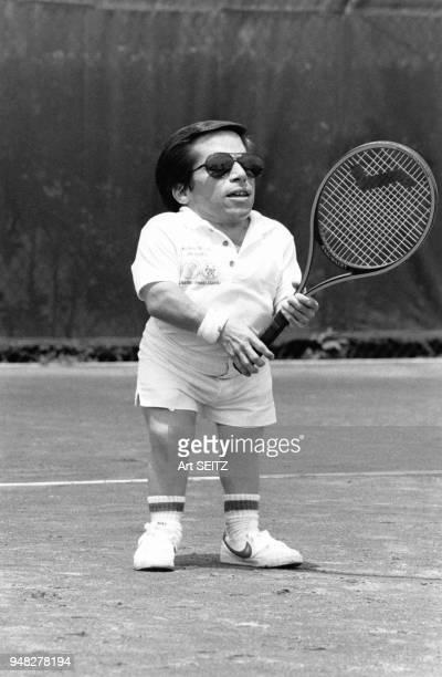 Acteur Greg Rice participe au Charlton Heston Tennis Classic en mai 1981, Palm Beach, Etats-Unis.