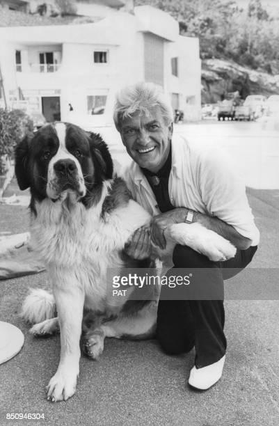 L'acteur Jean Marais en vacances à Port La Galère en juillet 1977 France