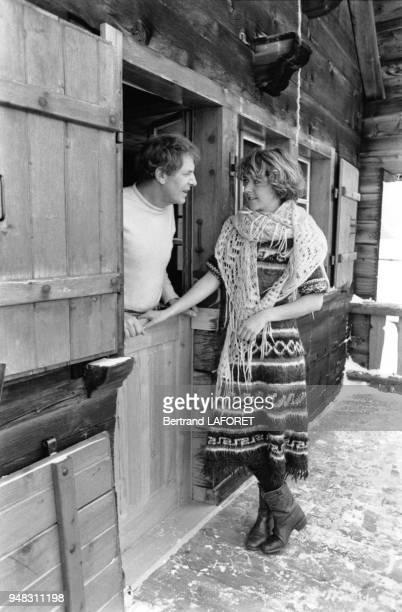 L'acteur suisse Heinz Bennent et sa fille l'actrice Anne Bennent le 10 janvier 1980 à Valais en Suisse