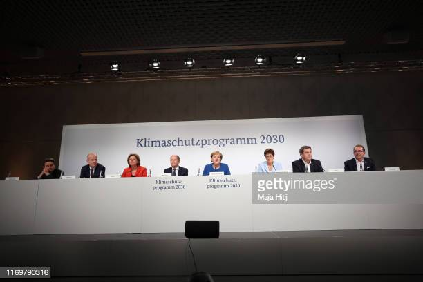 Acting chairman of the SPD parliamentary group in the Bundestag Rolf Mützenich, Leader of the CDU/CSU Group in the Bundestag Ralph Brinkhaus,...