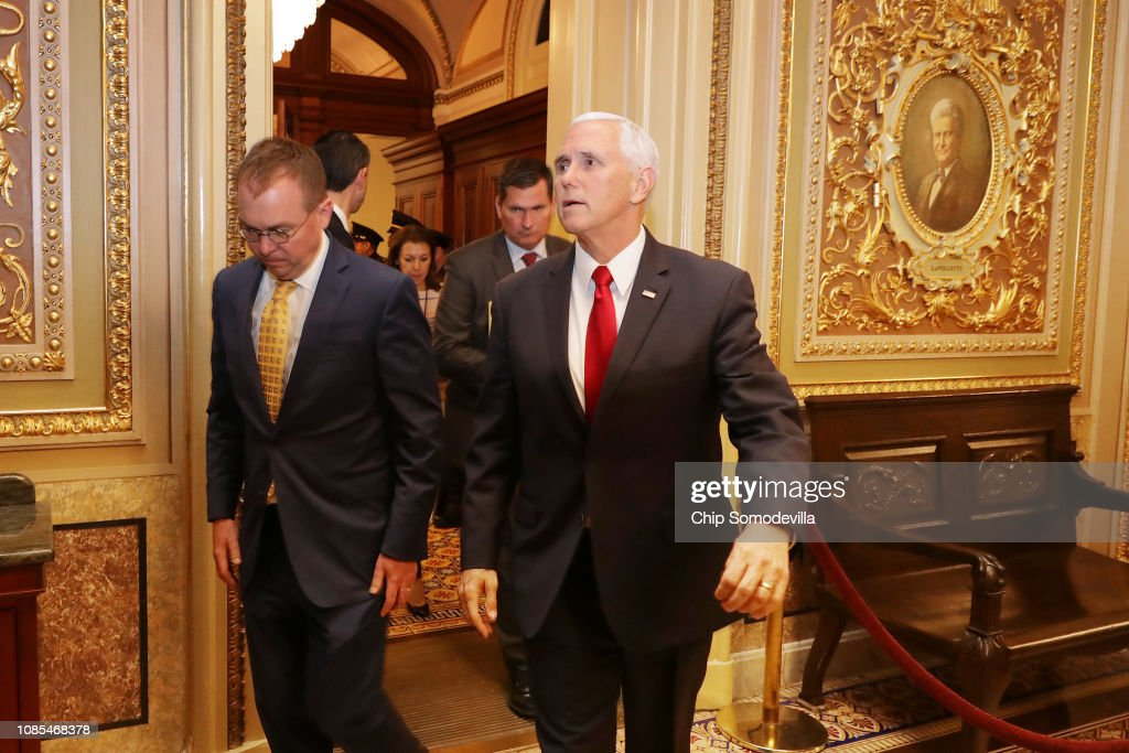 Senate Meets To Consider Amended House Budget Bill To Include Border Wall Funding : News Photo