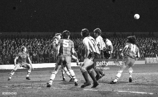 Action during the Milk cup semifinal second leg game between Chelsea and Sunderland Sunderland won 32 Chelsea's No5 is Dave Jasper and No11 is Mickey...