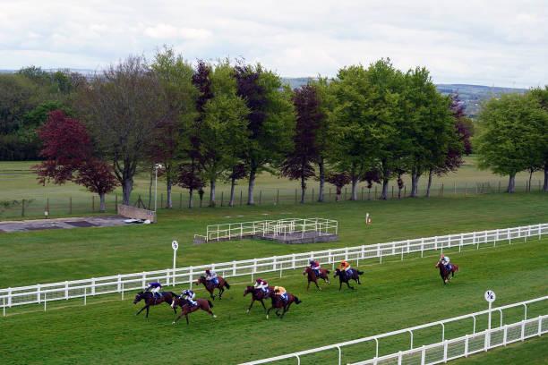 GBR: Salisbury Races