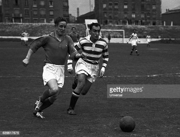 Action of a friendly match between the French Army and Red Star. Raymond Kopa , and Lamy .